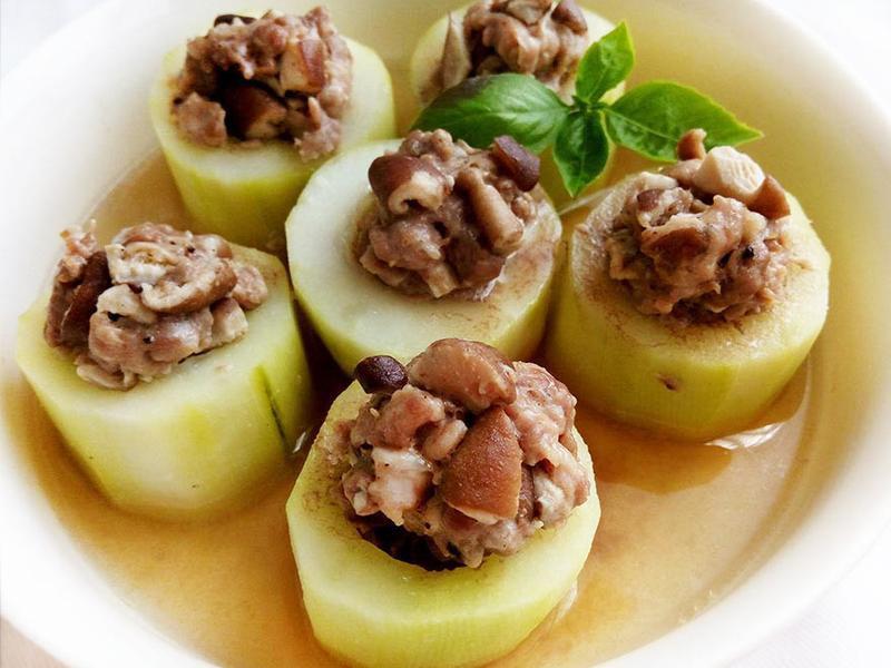 大黃瓜鑲肉〞簡易電鍋宴客菜