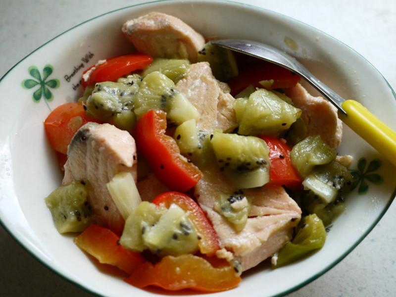 奇異果鮭魚沙拉
