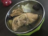 涼補洋蔥菇類雞湯