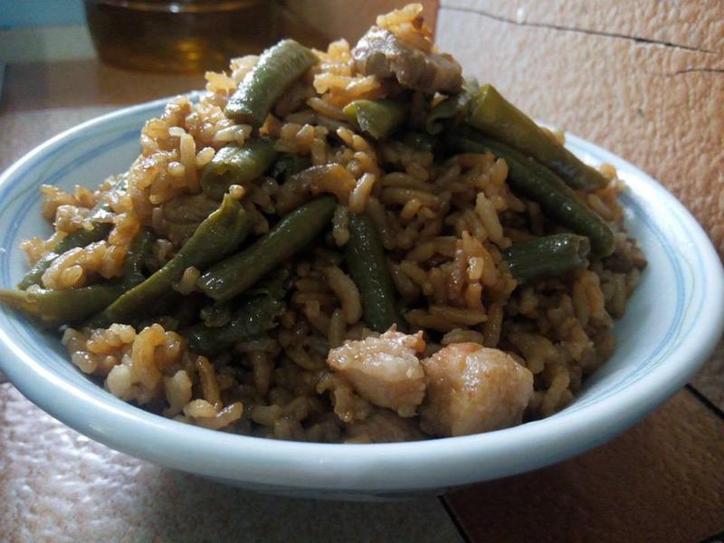 长豆角饭 (一煲饭)
