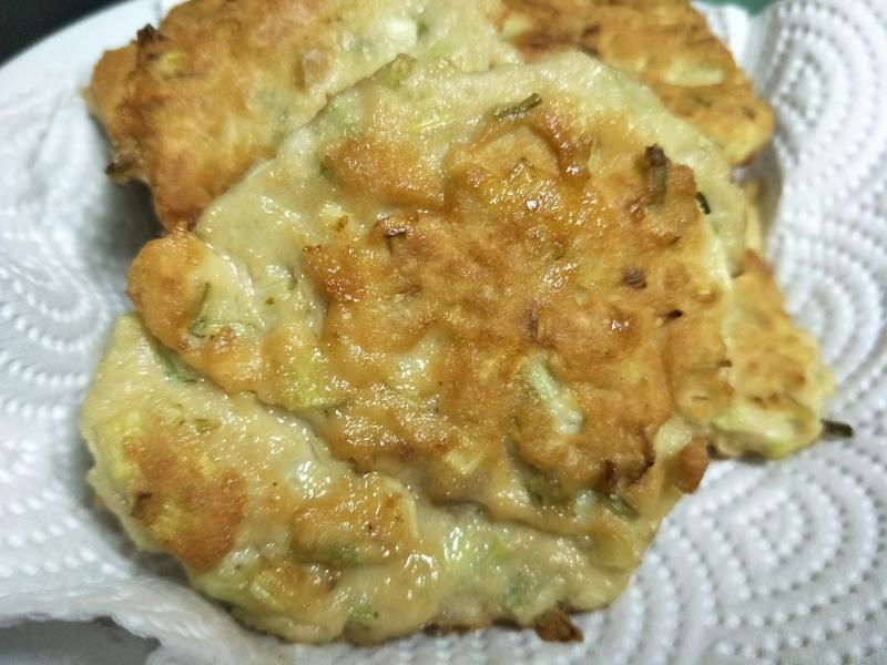 芹菜雞肉餅
