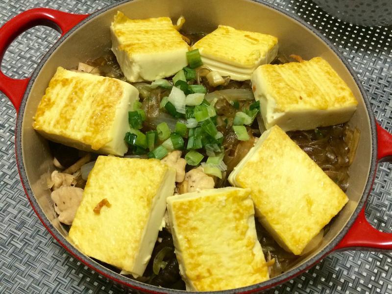 香煎豆腐粉絲煲