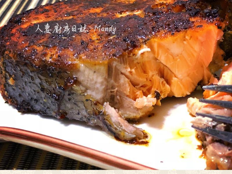 香煎蒙特羅鮭魚【不一樣家常菜】