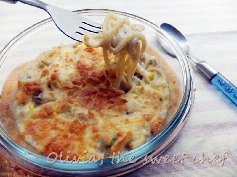 Olivia♥焗烤培根鮮菇奶油義大利麵