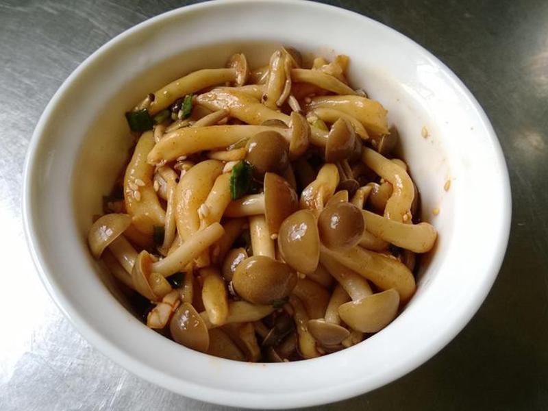涼拌鴻喜菇【好菇道好食光】
