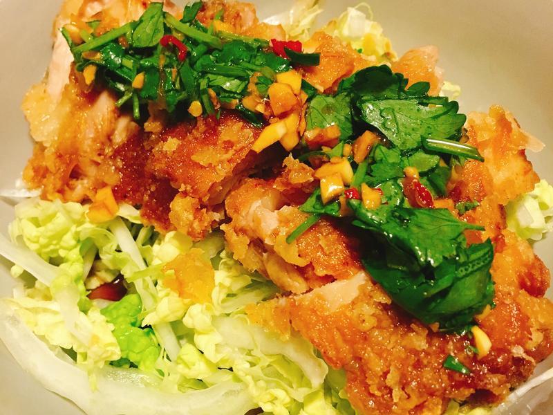 泰國人都不知道的泰式料理~椒麻雞🐔