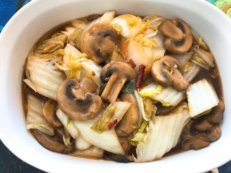 蘑菇燴白菜