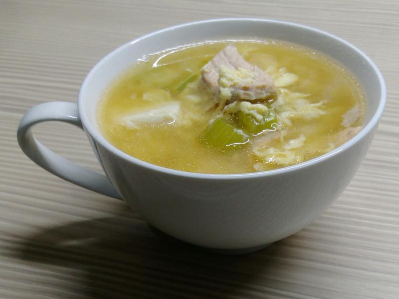 鮭魚味增豆腐蛋花湯
