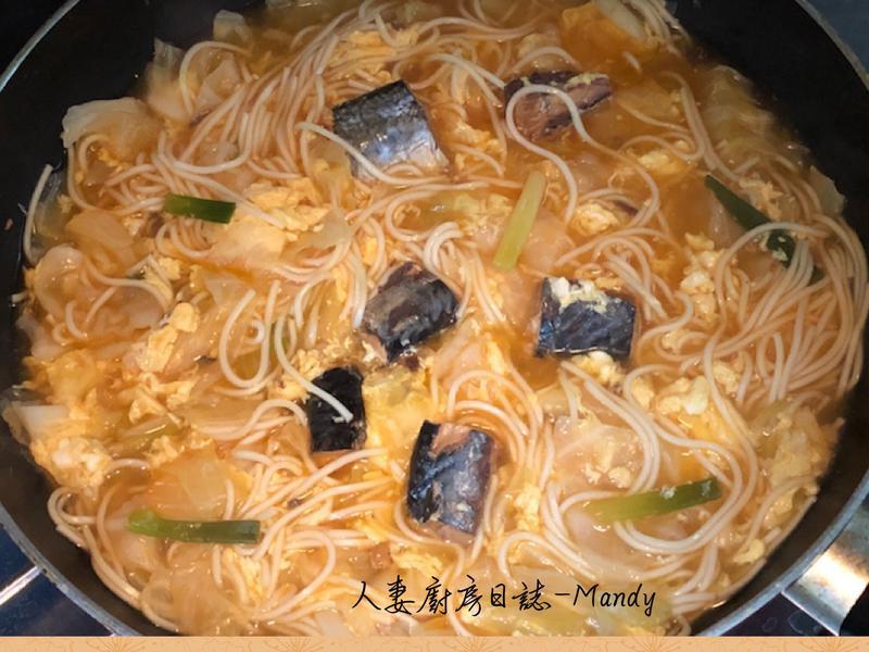 阿嬤ㄟ蔥燒三文魚麵
