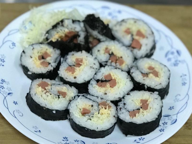 高麗菜絲花壽司卷