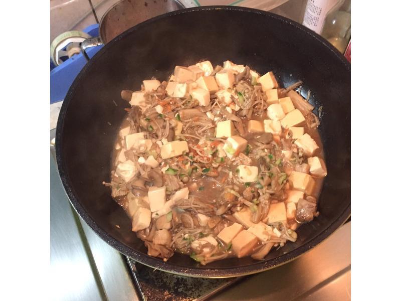 菇菇雞肉豆腐煲 [好菇道好食光]