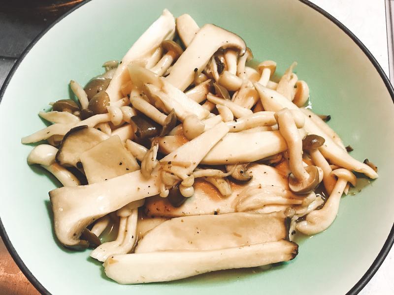 奶油醬油炒菇