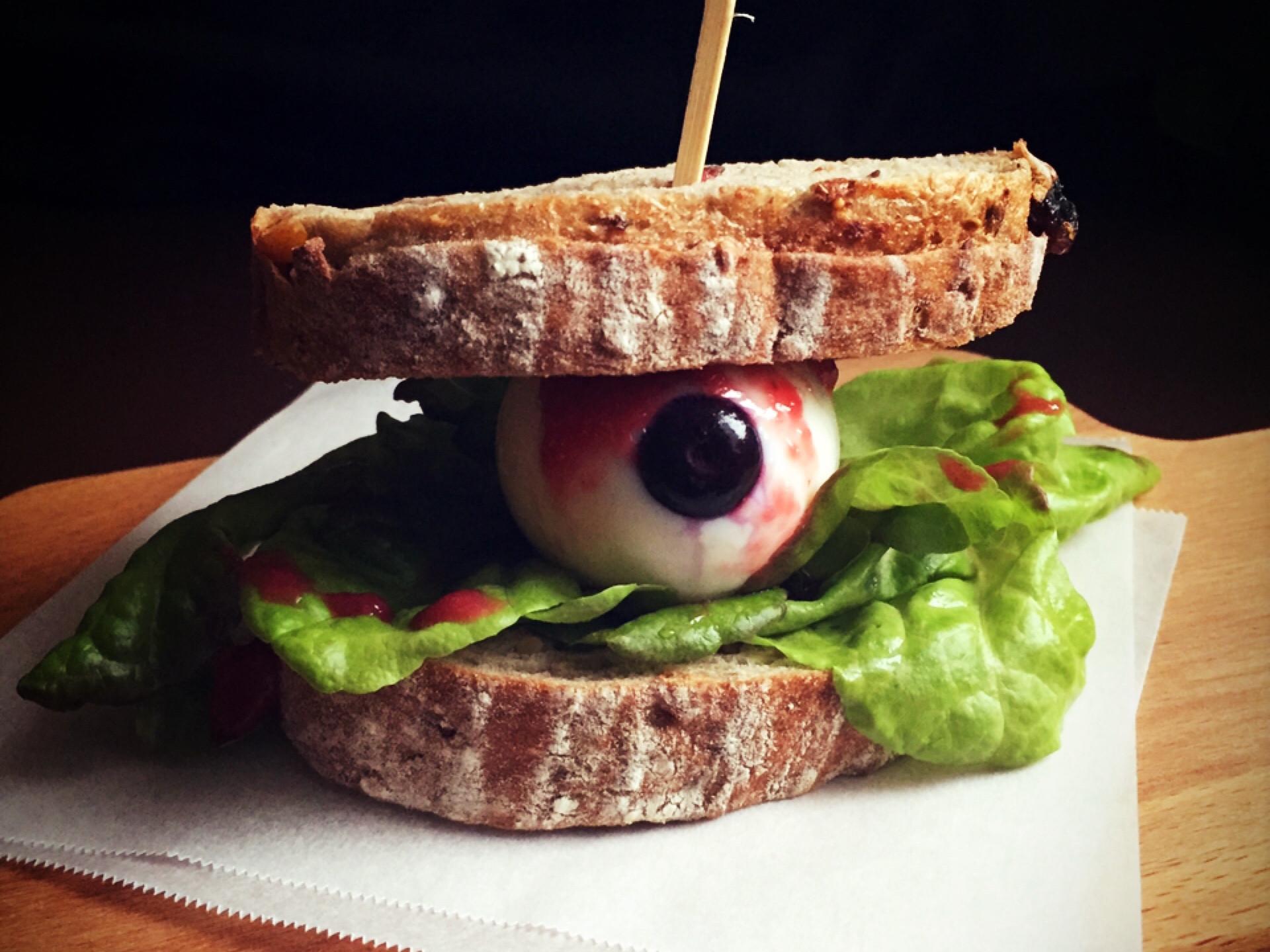 眼球三明治