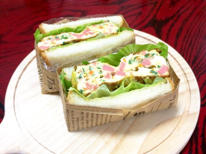 厚煎蛋三明治