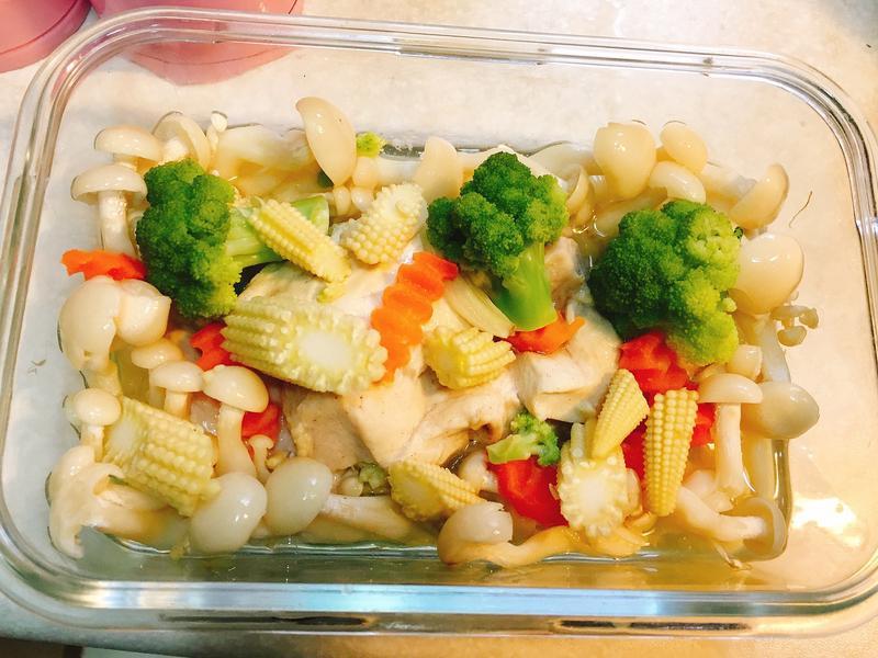 蒜頭菇菇雞  好菇道好食光