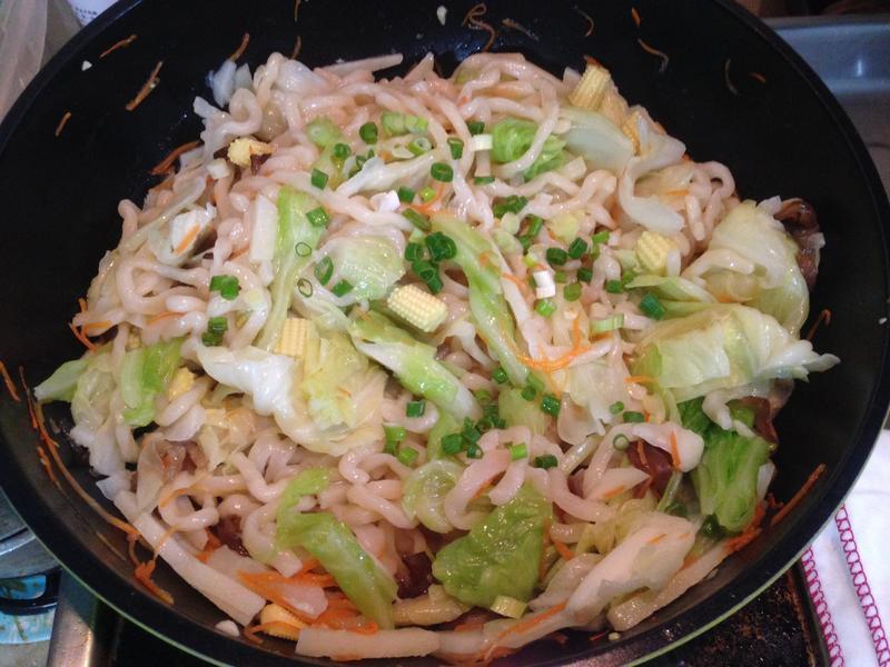 高麗菜什錦抄麵