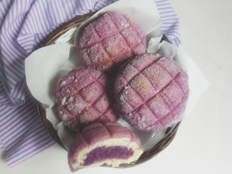 紫薯蜜瓜包