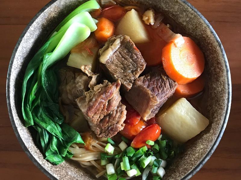 紅燒番茄牛小排牛肉麵
