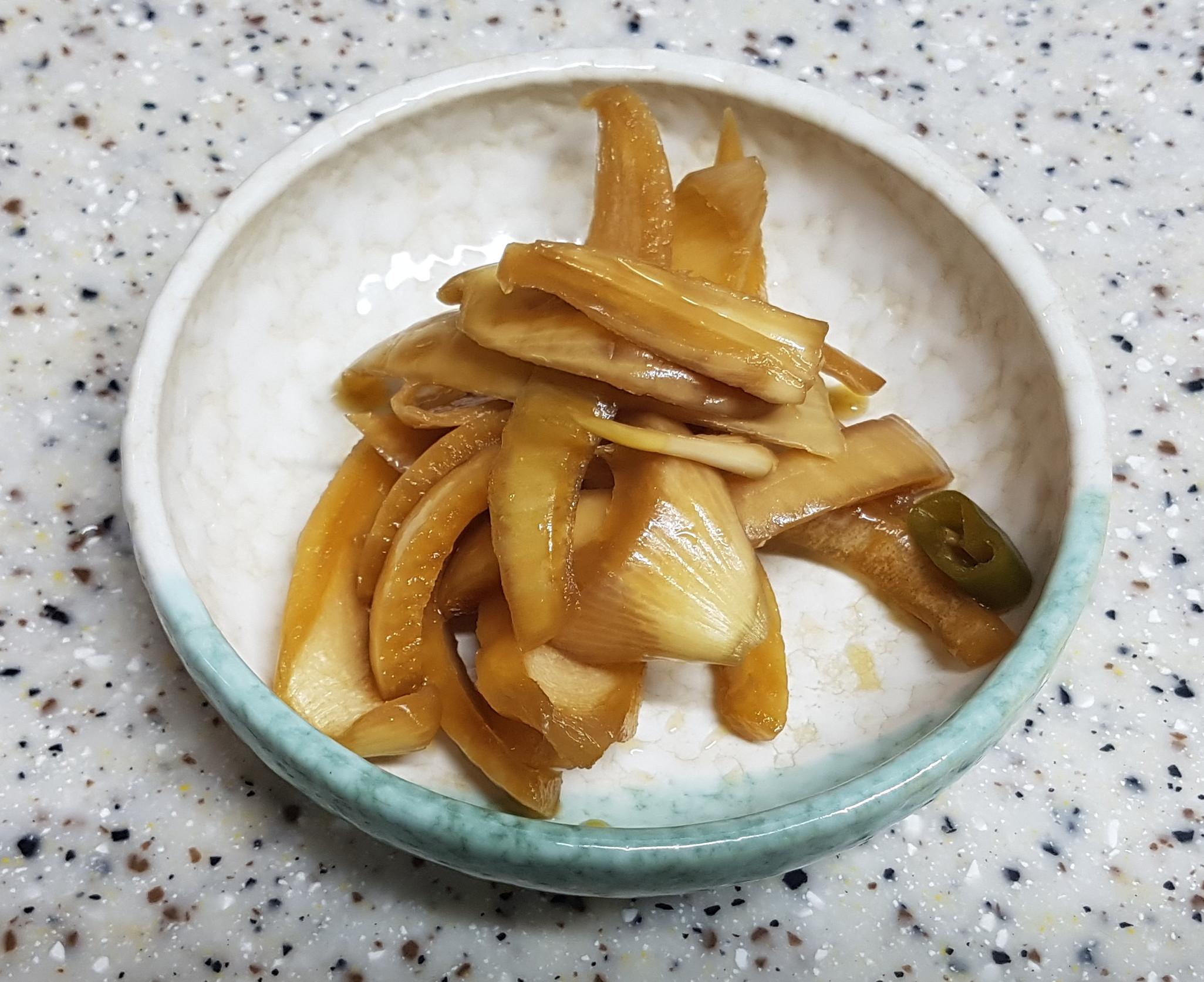 (韓式)醬醃洋蔥絲 양파장아찌