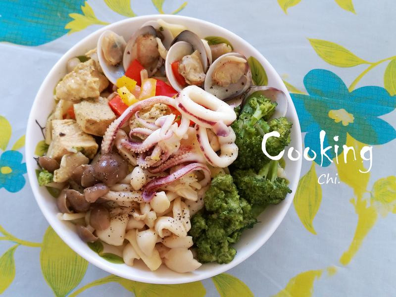 鮮菇海陸捲捲麵-《好菇道好食光》