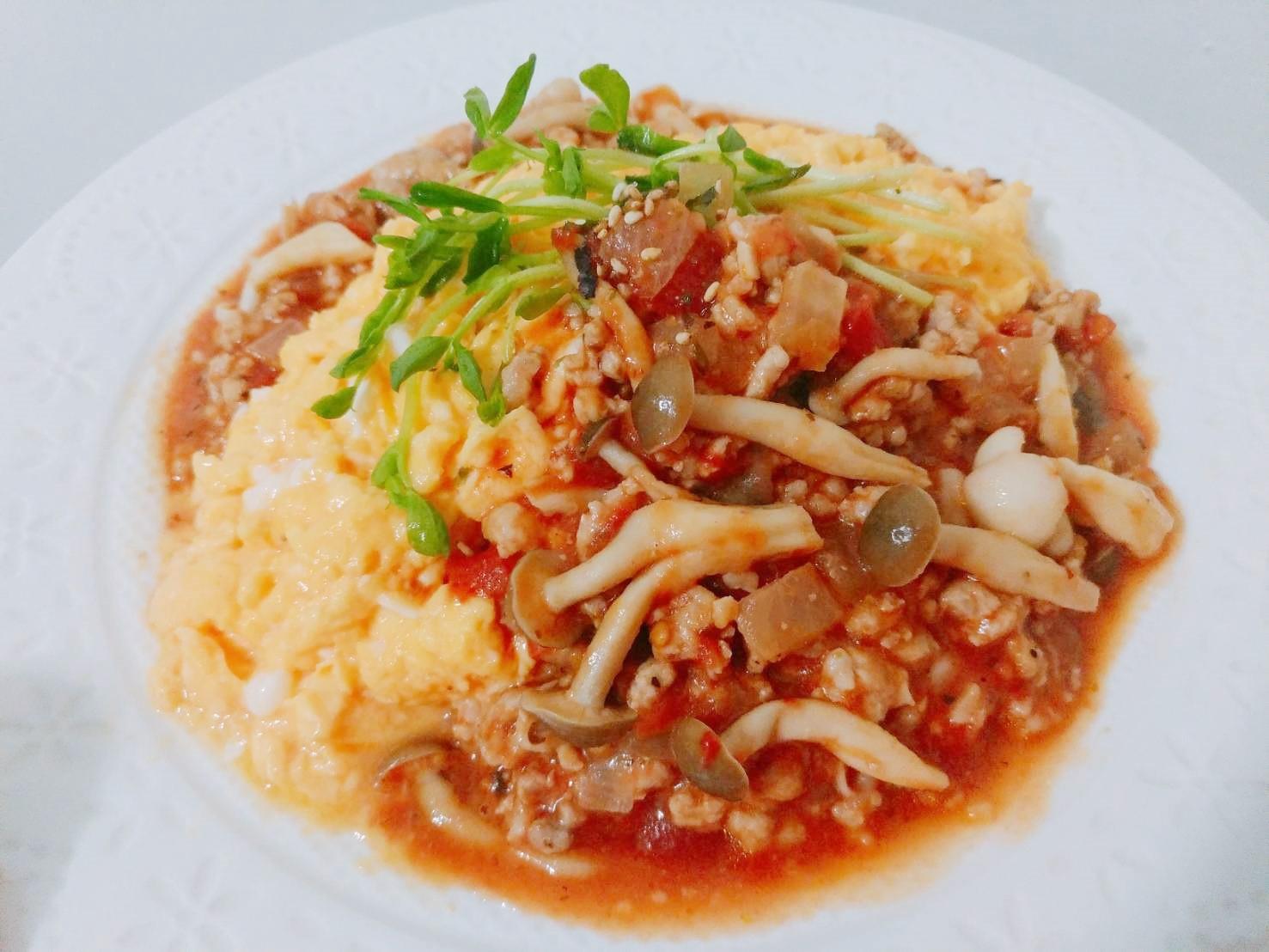 義式雙菇起司蕃茄滑蛋燴飯【好菇道好食光】