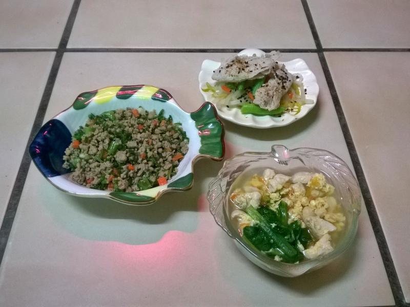 鮮食🐾蒼蠅頭 水煮白肉 番茄油菜雞蛋湯