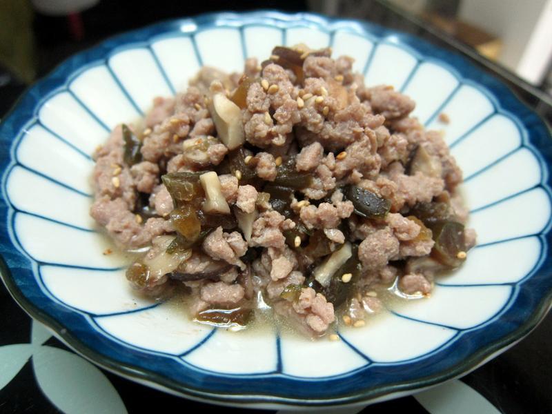 炒香菇瓜子肉-超下飯便當菜