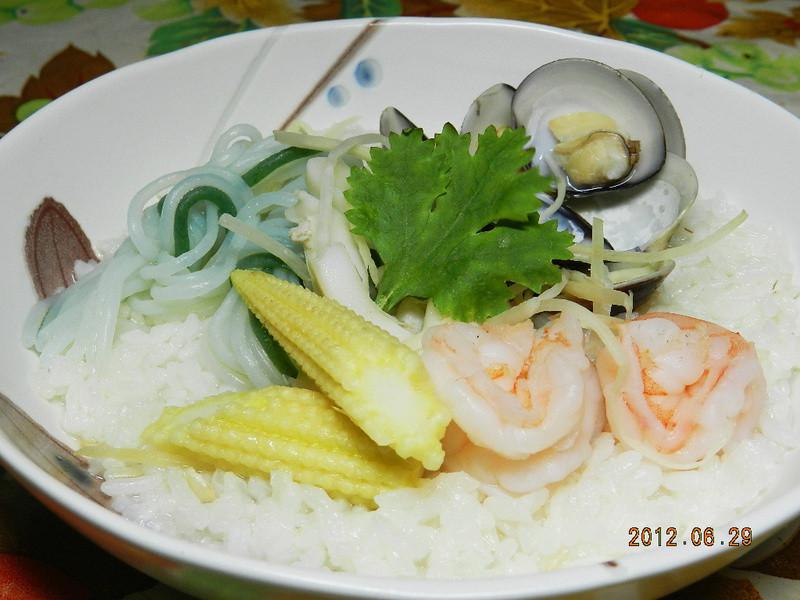 ㄚ曼達的廚房~「康寶鮮味炒手鰹魚口味」之海鮮泡飯
