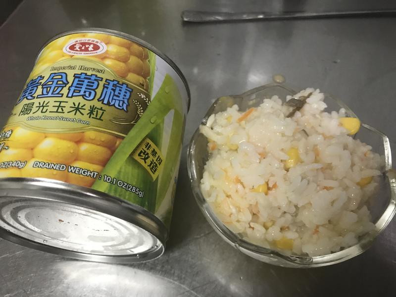 鯖魚玉米粥-愛之味黃金萬穗陽光玉米粒