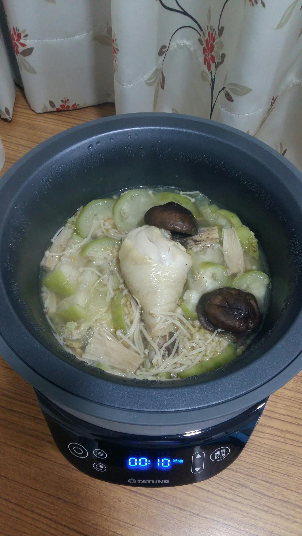絲瓜芽白菇菇雞燕麥粥
