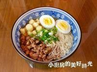 香菇肉燥雞蛋麵