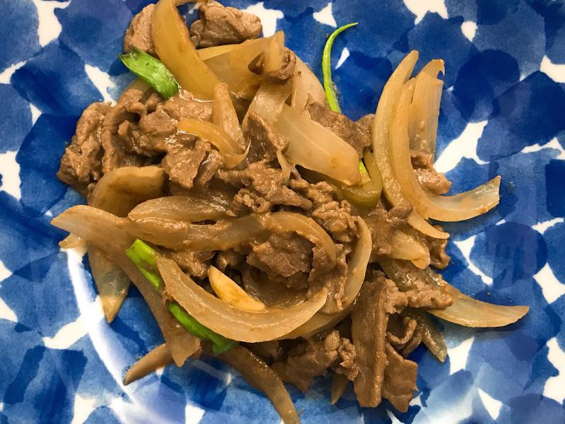 お弁当ー171120-洋蔥炒牛肉