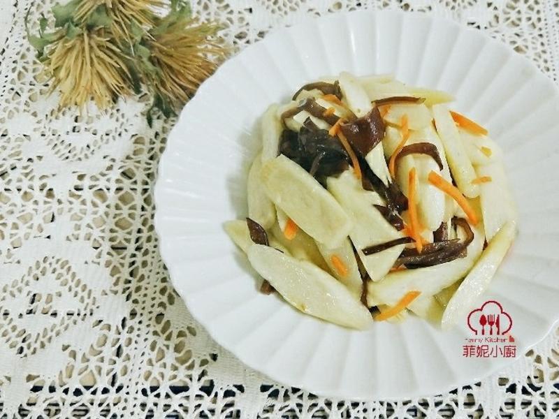 清炒木耳茭白筍