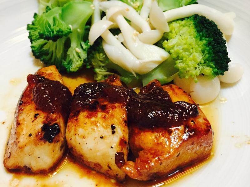 香煎雞胸肉(有醬版)