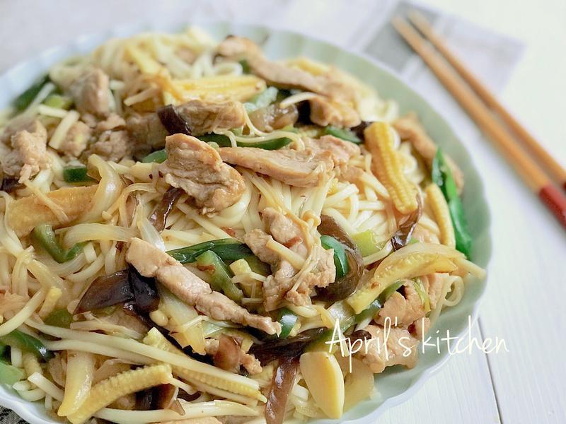 清冰箱 肉絲蔬菜炒麵