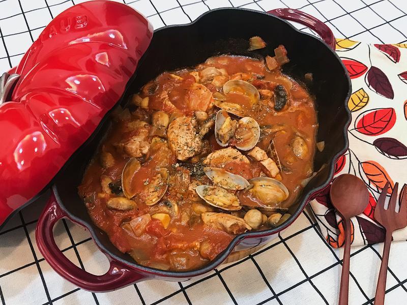 番茄蛤蜊蘑菇燉豬肉