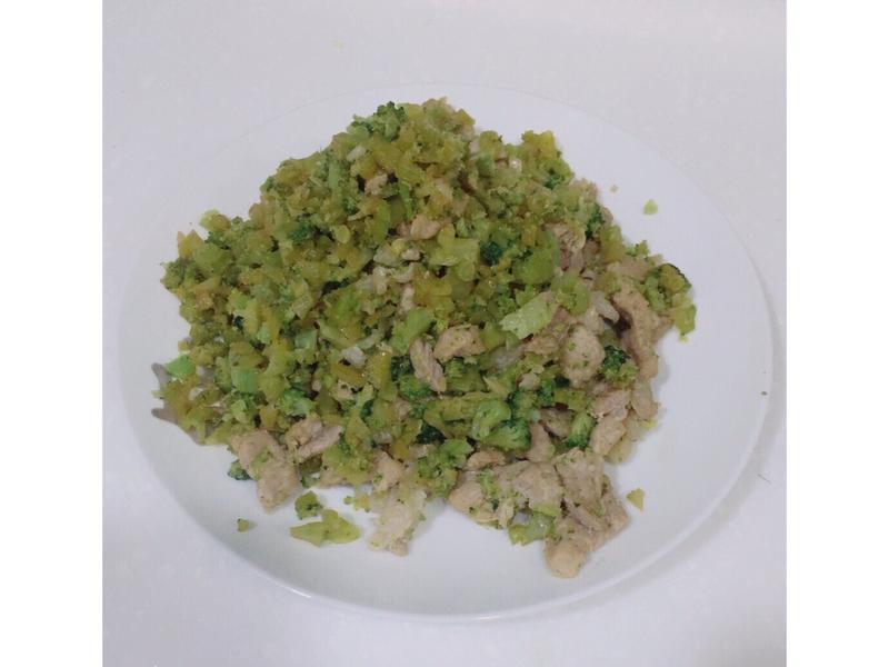 《寶寶副食品》花椰菜炒肉