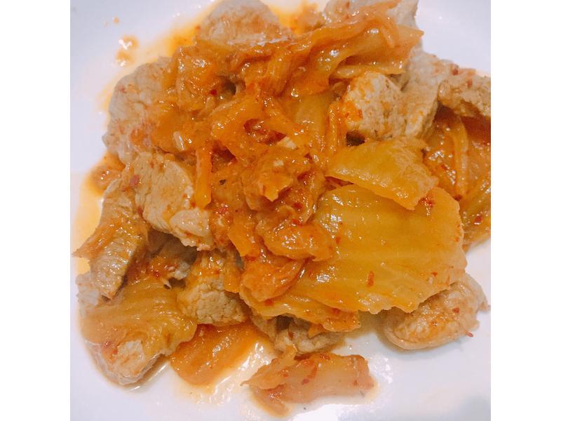 泡菜炒腰內肉(台糖安心豚)