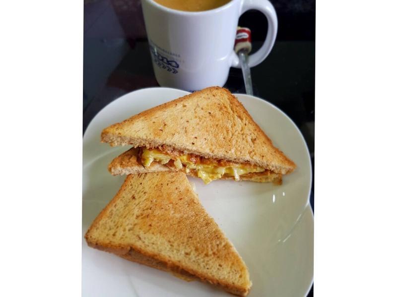 花生蛋時蔬三明治 10分鐘早餐 簡易快速