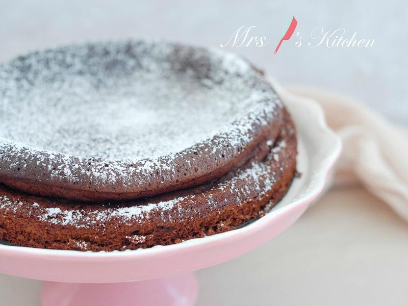 【4種材料+無麵粉】巧克力蛋糕