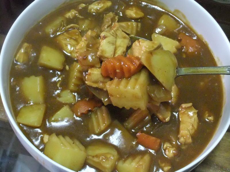ღ小吟愛做菜ღ蘋果+蜂蜜馬鈴薯雞肉咖哩