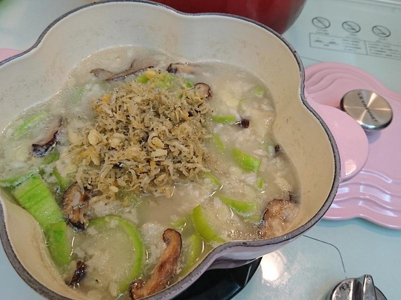 香酥魩仔魚絲瓜粥