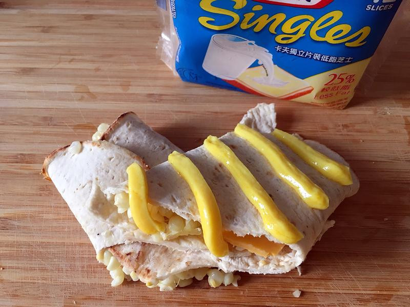 簡易早餐玉米起司捲餅(卡夫起司片)