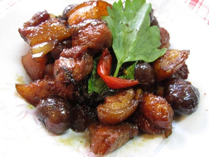 椰汁栗子燒肉