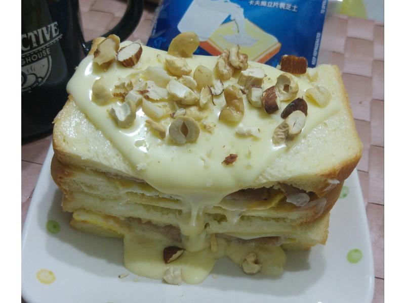 起司三明治仿蛋糕