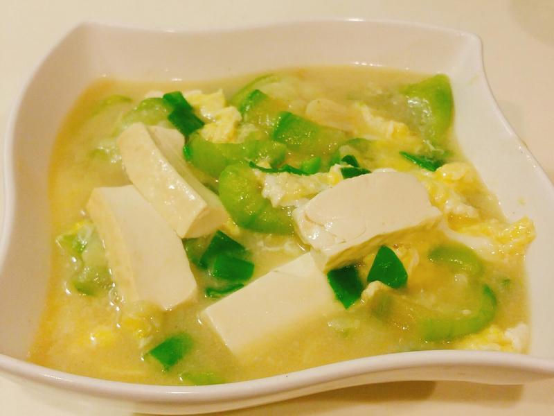 絲瓜燴豆腐