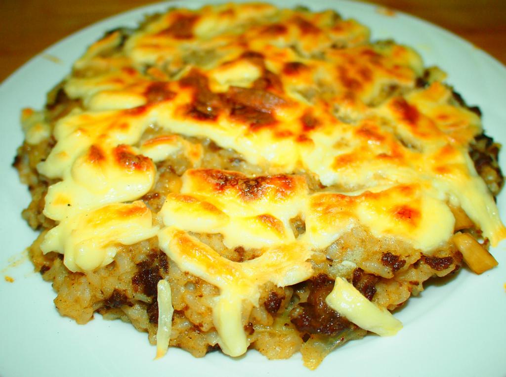 杏苞菇牛肉奶香焗烤飯