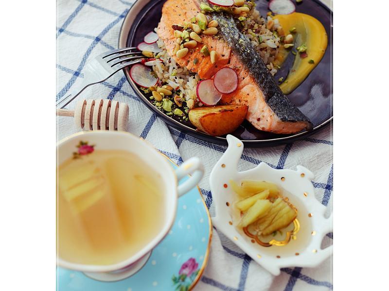 簡單料理之藜麥飯配香煎三文魚(二人前)