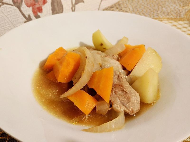 馬鈴薯燉肉(豚じゃが )