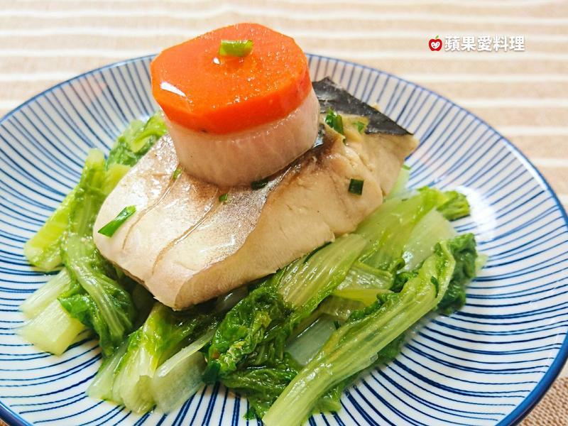 蘿蔔燉鯖魚(15分鐘)